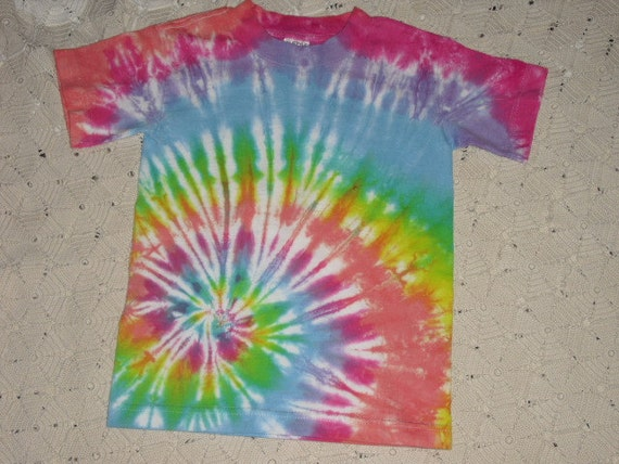 Tie dye  youth small shirt Pastel rainbow Easter spiral