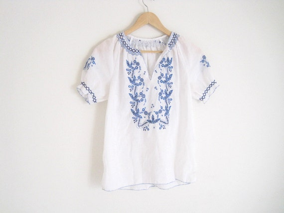 1970s White Greek Embroidered Blouse Blue Floral Embroidery
