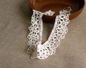 antique handmade french lace 27 inches long scalloped handmade bobbin lace