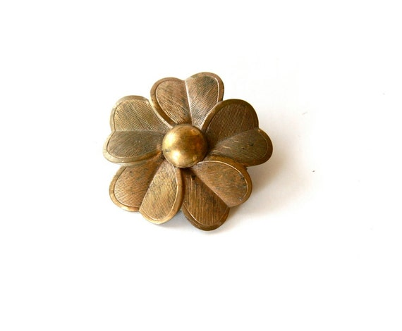 vintage brass flower brooch