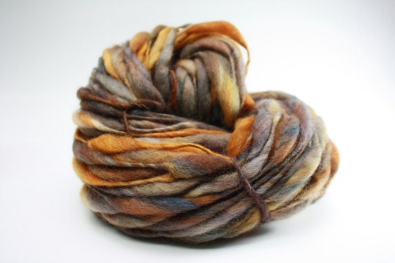 Thick and Thin Yarn Slub tts Merino Handspun Hand dyed Self Striping miniLR 19c