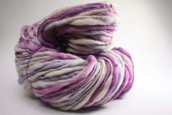 Thick and Thin Yarn Slub TTS Handspun Hand dyed Self Striping xxlr 24a