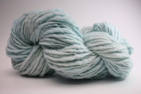 Thick and Thin Yarn Slub TTS Handdyed  Fine Merino 66tts12003 Ice