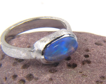 Black Opal 14K White Gold Ring - Mood Ring - Black Opal Ring