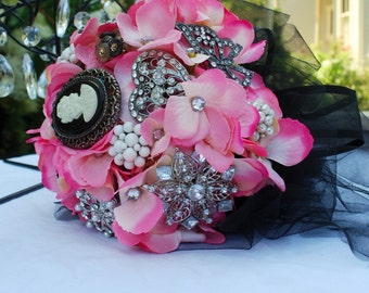 Pink and Black Jewelry Bouquet, bridal bling bouquet,pink and black bouquet,brooch wedding bouquet,jewelry bouquet,vintage brooch, bouquet