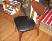 Mid Century Vintage Chair - Black Leather - GREEN Fashion