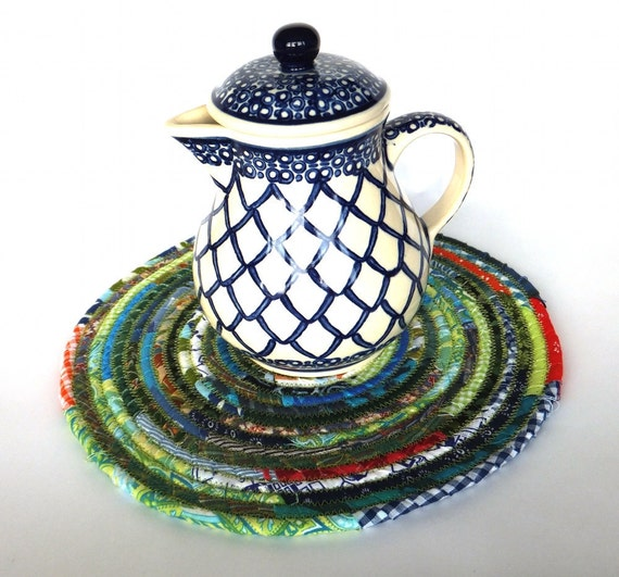 Large Round Coiled Fabric Trivet Mat - Country Cottage Blue and Green