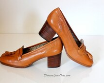 Vintage Shoes /  Tassel Loafers / 70s Shoes / Rossi / Vintage Pumps / Italian Shoes  / Preppy Ivy Style