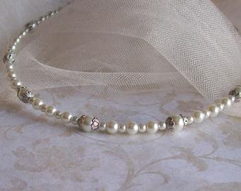 White Pearl Wedding Headband - White Pearl Bridal Tiara - White Pearl Bridesmaids Headband - White Pearl Flower Girl Circlet