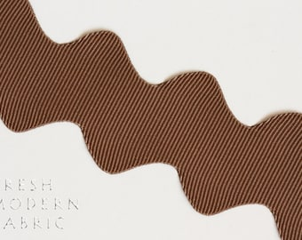 2 Yards Brown 1-inch Scalloped Grosgrain Ric Rac Trim, One Inch Wide by Two Yards Long