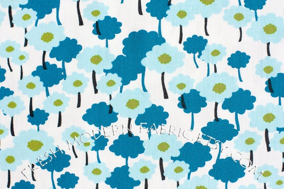 LAST PIECE Half Yard Poppies in Aqua, 100% Organic Cotton, Pick a Bunch by Nancy Mims for Mod Green Pod, Robert Kaufman Fabrics