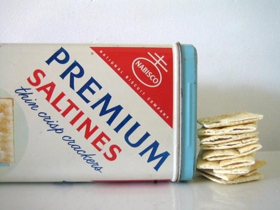 Nabisco Saltines Tin