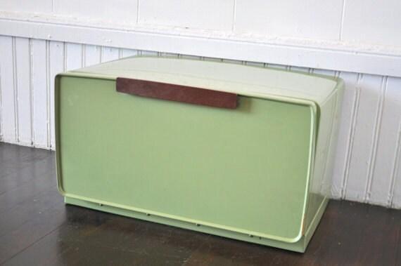 Avocado Green Bread Box