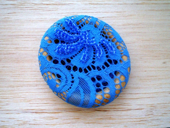 Imperial blue brooch with lace and beads