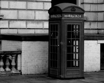 8 x 10 English Phone Booth Print