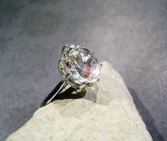 Snow White Topaz - Ring