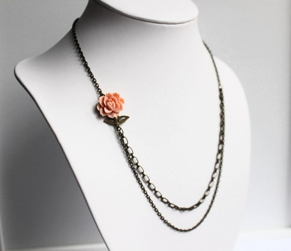 Rose Cabochon Necklace