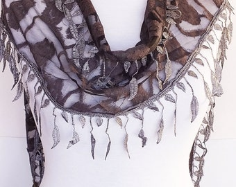 Gray Stylish Scarf With Fringed Lace