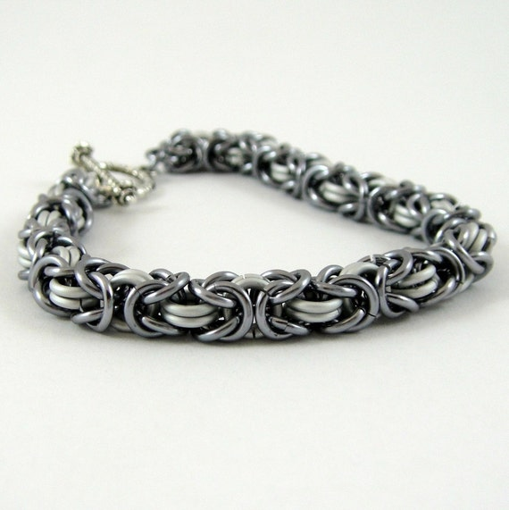 Unisex Chainmail Bracelet Black Ice and White Byzantine Chain Mail