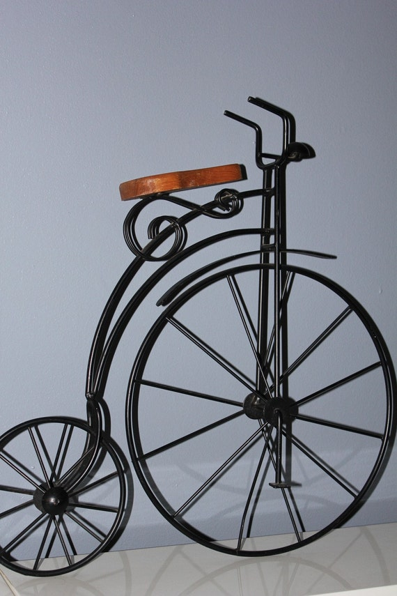 Wall Art Metal Bicycle : Old fashioned bicycle wall art