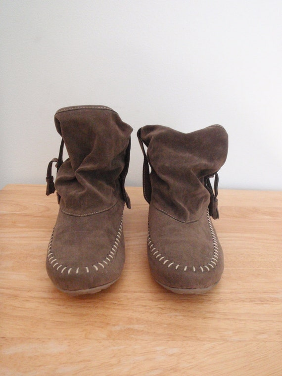 Slouchy Moccasins Tassel Fringe Faux Suede Leather Olive Grey