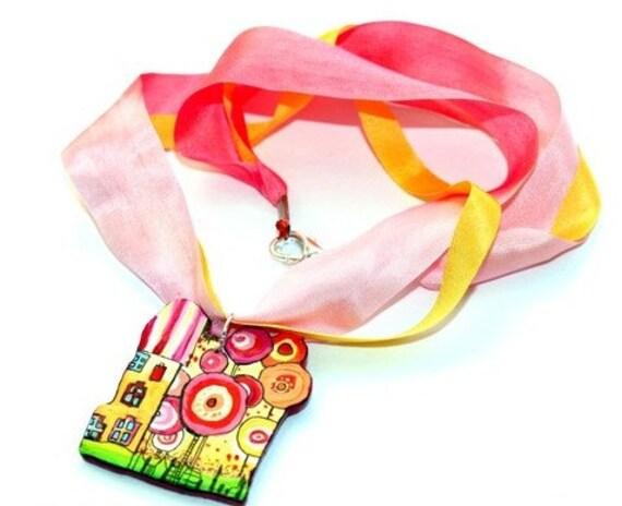 Necklaces about Hunertwasser. Pink