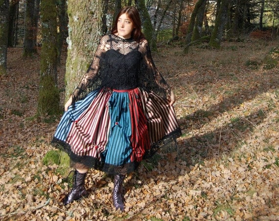 Victorian Gypsy skirt in raw silk - Steampunk Gothic Bohemian - beautiful striped pure silk in red tan and brown with black tulle petticoat