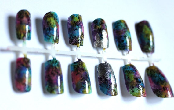 abstract colorcrazy press-on nails