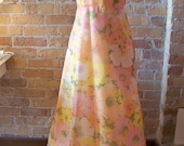 Floral flower girl vintage dress in peach