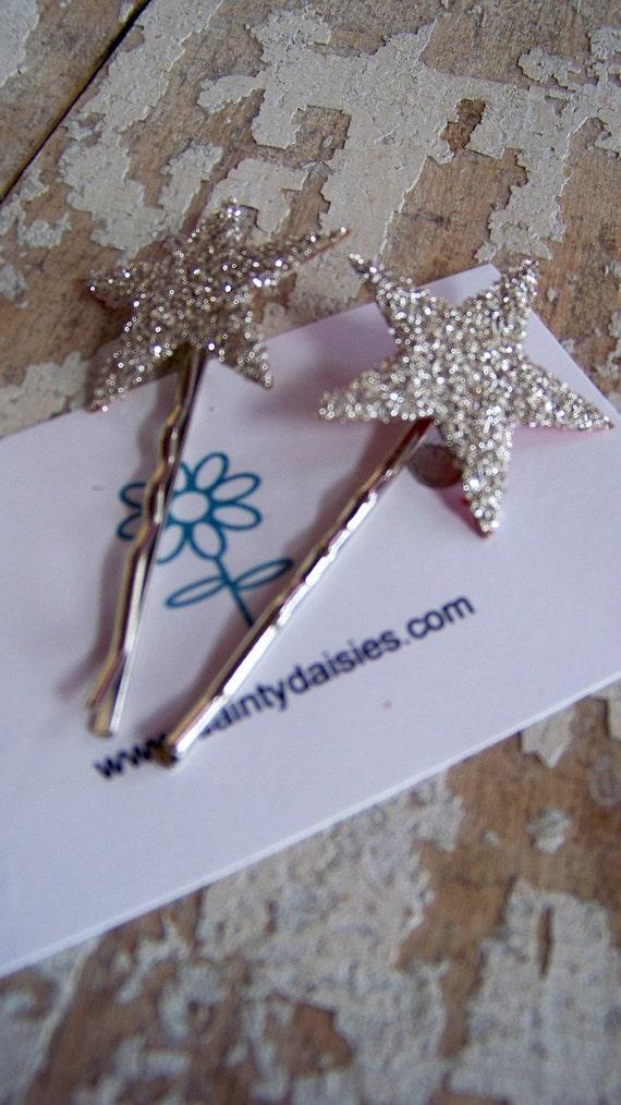 pretty little glitter star hair pins set of 2