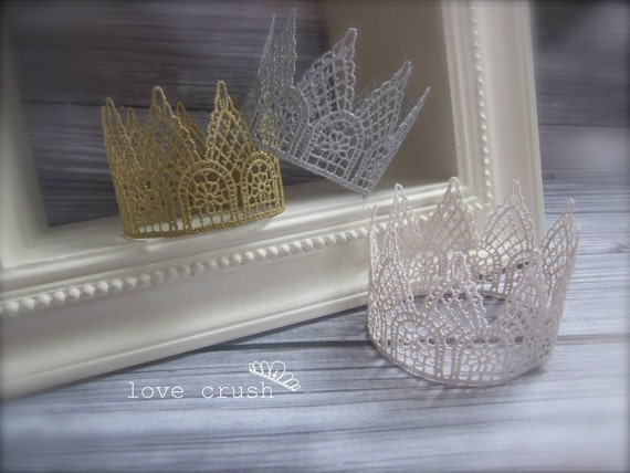 As seen in BABIEKINS MAGAZINE l o v e  c r u s h Harlow...Vintage Gold Lace Crown Photography Prop or Keepsake (Newborn-Toddler)