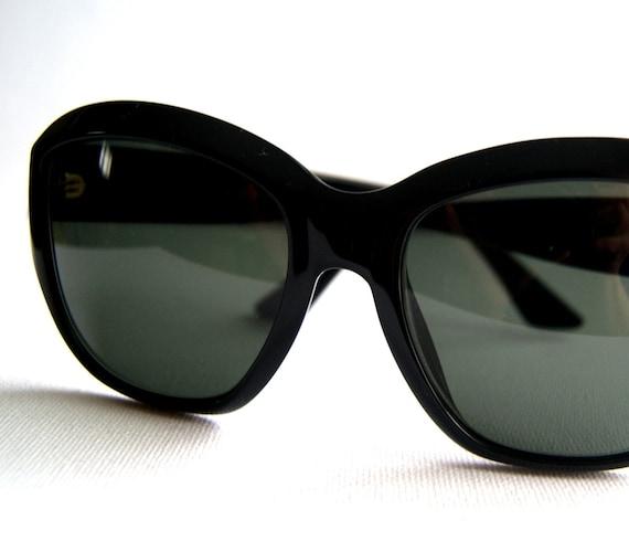 RESERVED FOR saritl1965 .........80's Original Donna Karen Sunglasses