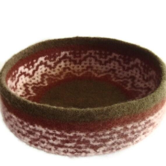 Cat Bed Hand Knit Felted Peruvian  Wool Pet Bed  - Annaliese