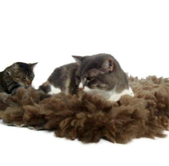 Pet Bed Mat Raw Wool Fleece Felted Rug - Merino-Romney