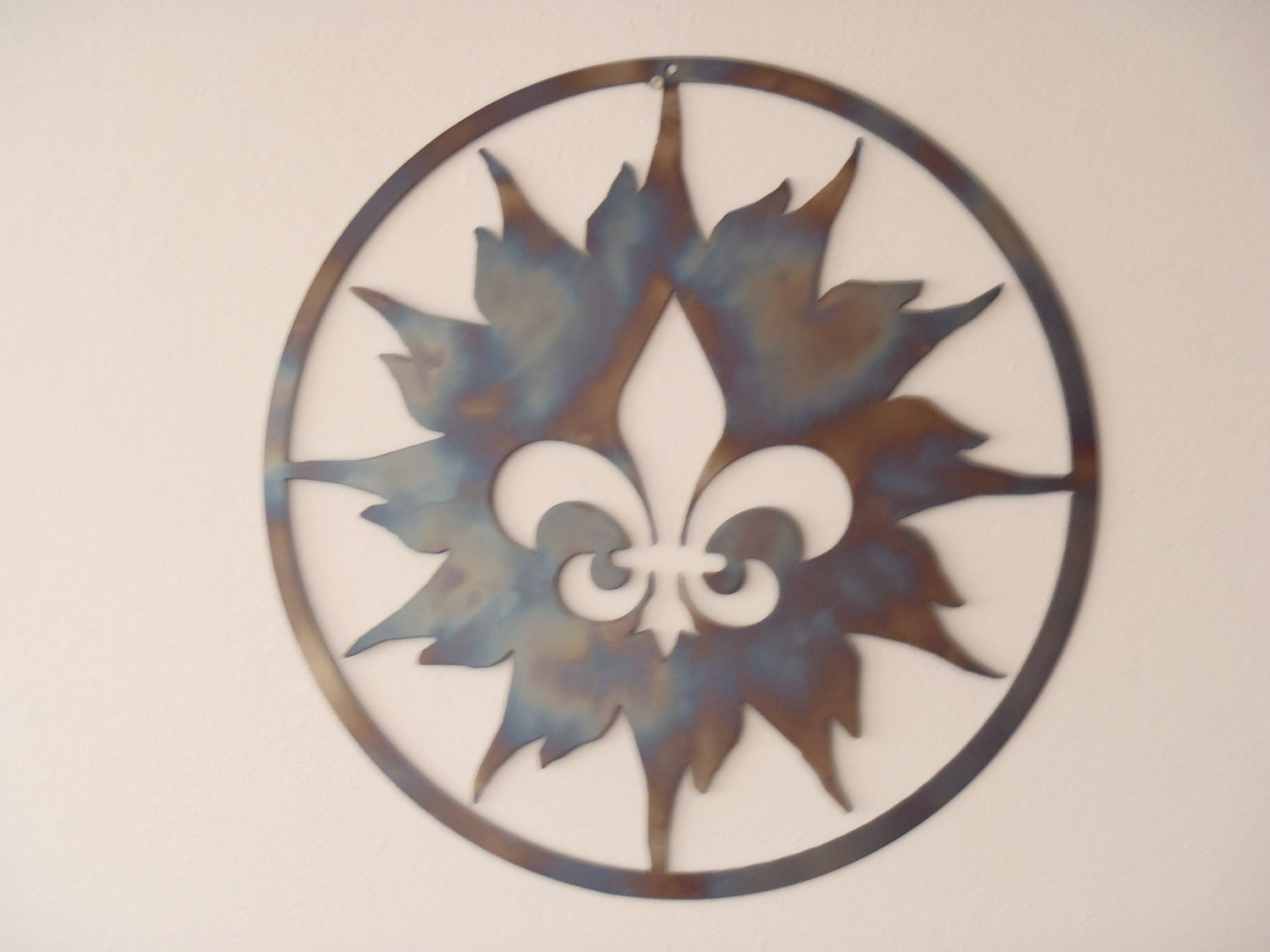 Fleur De Lis And Sun Metal Art Round Wall Decor