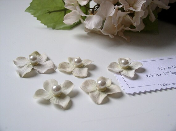 Hydrangea Flower Petal and Pearl Magnets - Handmade Extra Strong Shabby Chic Magnet Set of 5 in Creamy Bridal White