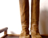 Vintage Frye Boots / Suede Leather / Size 8 / Chunky Heel