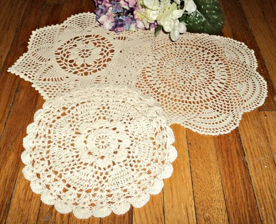 3 Crocheted Doily Ecru Vintage Doilies Doilys Lot A300