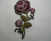 IRON ON FLOWER Appliques .