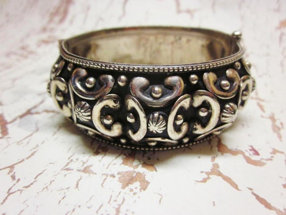 Vintage Bracelet Chunky Statement Bangle Italian Silver Plated Etruscan Revival Wide Cuff