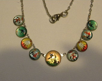 BUTTON NECKLACE Nursery Rhymes Cat and the Fiddle Whimsical