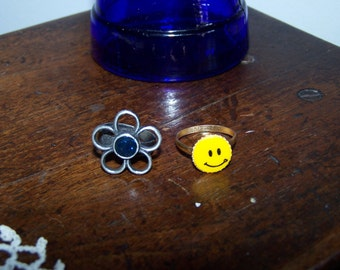 Smiley Face & Flower Ring , Vintage Gumball Machine Rings 1960's