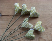 Green Origami Heart Flowers, set of 6.  Cottage Chic Home Decor, Chartreuse, Geometric.