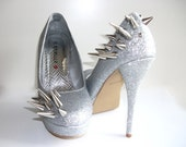 Asymmetrical Spiked Pumps - Silver Glitter