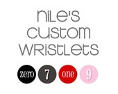 Fifteen (15) wristlet clutches for Nile