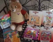 1985 Teddy Ruxpin Vintage Mint Condition Works Reading Books Audio Toys Learning Ruxben WOW Lot with 5 Book / Tape Cassette Sets