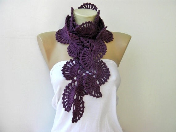Crochet scarf /lilacs/ wool blend yarn