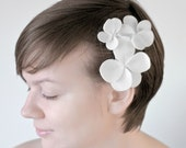 Hawaiian flower wedding pin