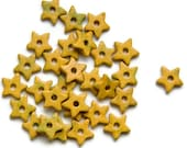 Yellow Green Star Ceramic Beads - 30 pcs C 10 073