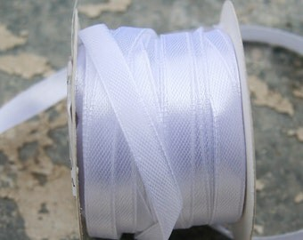 White Satin Ribbon (10mm) 10m - 11 yards S 40 065